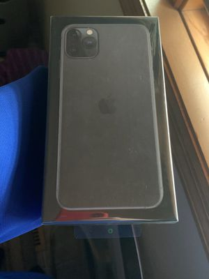 iPhone 11 Pro Max -- 256GB -- Space Grey -- Unlocked for Sale in Burnsville, MN