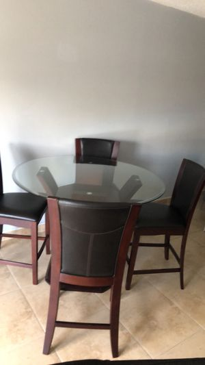 Dining room set leather for Sale in Fort Lauderdale, FL