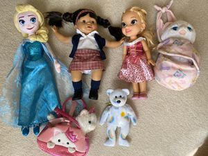Great quality and condition 6 pieces of girls toys/dolls (most by Disney) for Sale in Lorton, VA