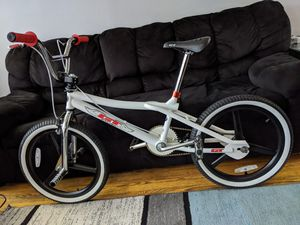 1998 GT Performer BMX Bike for Sale in Glendale Heights, IL