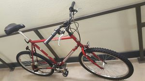 Mongoose crossing training bicycle 22'' for Sale in Dallas, TX
