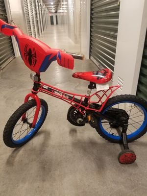 Kids Spiderman bike w/training wheels for Sale in Newport News, VA