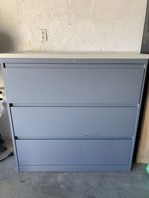 Filing Cabinet for Sale in Los Angeles, CA