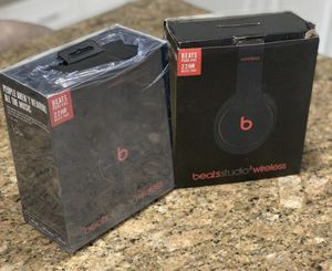 Dre Beats studio 3 wireless headphones - Bluetooth / refurbished for Sale in Oxford, CT