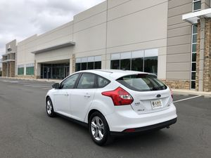 2014 Ford Focus SE Hatchback for Sale in Sterling, VA