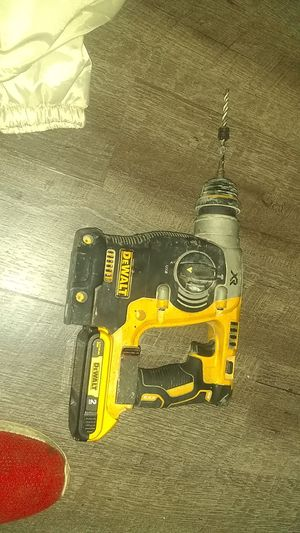 DeWalt 20v max rotary hamer drill for Sale in Olympia, WA