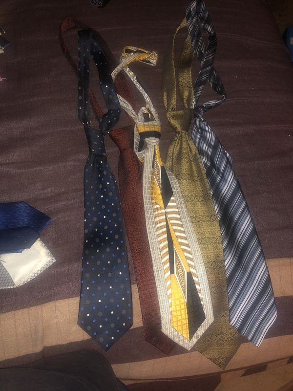 Ties,shoes,helmets