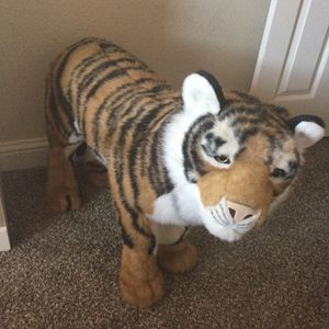 Animal stuff like new clean condition $25 FIRM for Sale in Sacramento, CA