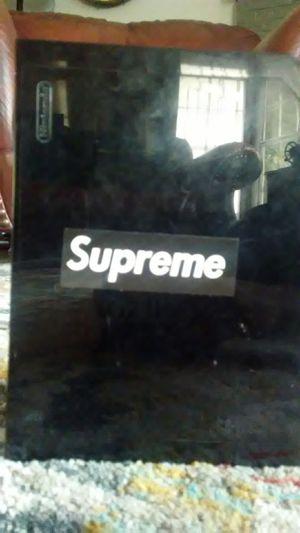 Supreme for Sale in Seattle, WA