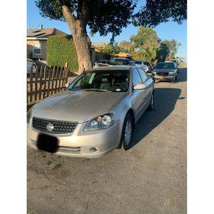 V6 Altima for Sale in Compton, CA