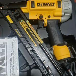 DEWALT Pneumatic 15-Gauge DA Nailer for Sale in Laurel, MD
