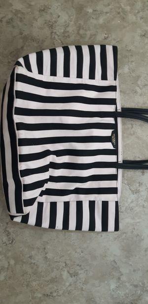 Victoria secret bag for Sale in Fresno, CA
