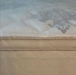 King size new thick pillow top bed can deliver for Sale in Dunedin, FL