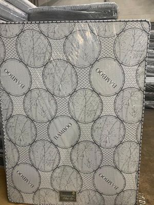 full mattress with box for Sale in Santa Ana, CA
