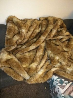 Faux fur blanket!!! for Sale in Portland, OR
