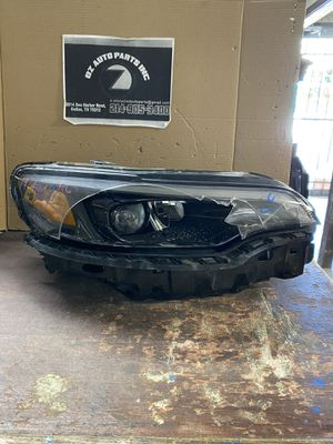 2019-2020 JEEP CHEROKEE RIGHT HEADLIGHT **FOR PARTS ONLY** DAMAGED for Sale in Grand Prairie, TX