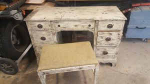 Wood desk with an old patina look for Sale in Chicago, IL