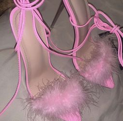 Pink FUR STILETTO HEELS for Sale in St. Louis,  MO