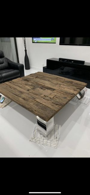 Aden II Coffee Table from El Dorado furniture. 5ft by 5ft. 6 months old. Paid $1500 ONLY $750. for Sale in Boca Raton, FL