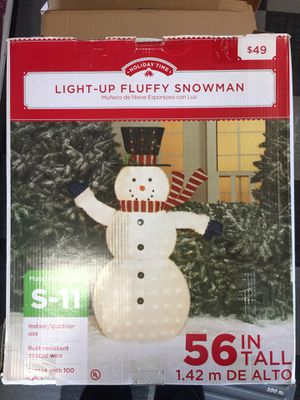 "56"" tall fluffy snowman light up christmas yard decorations for Sale in West Palm Beach, FL"