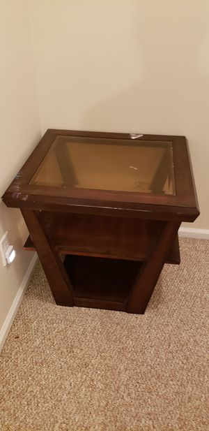 Side table for Sale in Chesapeake, VA