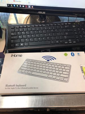 iHome Bluetooth keyboard for Sale in Miami, FL