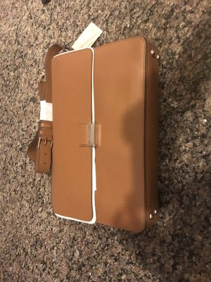 Brand new Cole Haan Grand Washington Messenger Bag for Sale in Chicago, IL
