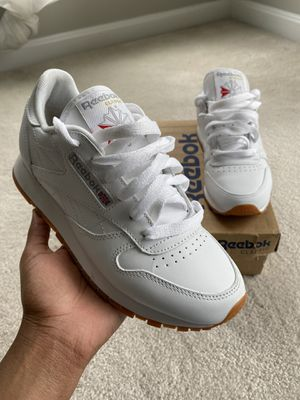 Reebok Classic Leather Gum Casual Shoes for Sale in Bowie, MD