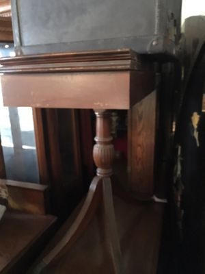 Antique side table opens up for Sale in Long Beach, CA