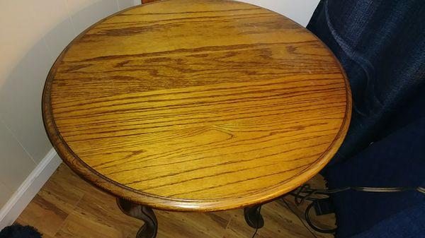 Oval Oak End Table