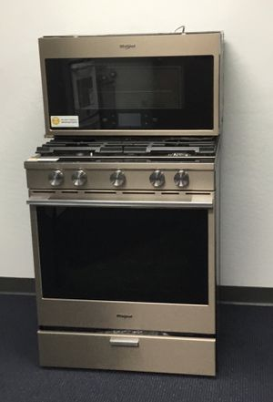 New Whirlpool Gas Range / Stove and Over Range Microwave Sunset Bronze for Sale in Phoenix, AZ