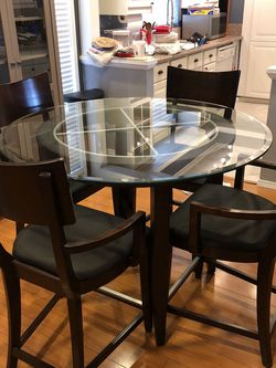 Dining Table set And Entry Table for Sale in Pasadena,  CA