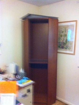 "79"" high corner bookcase with 7 adjustable shelves for Sale in Adelphi, MD"