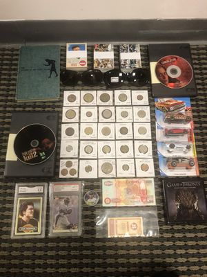 COLLECTIBLES LOT # 26 for Sale in Los Angeles, CA
