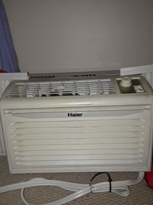 Window Ac unit for Sale in South Park Township, PA