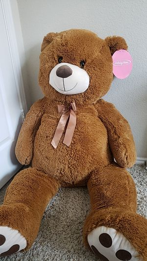 4ft tall teddy bear for Sale in Fort Worth, TX