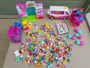 Bunch of shopkins stuff for Sale in Antioch, CA