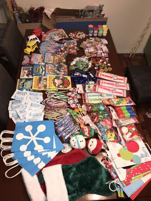 🎄🎅🏻🤶🏾FREE TREAT BAGS🎄🎅🏻🤶🏾READ ENTIRE POST‼️ for Sale in Saginaw, TX