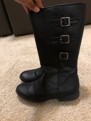 Girls boots size 5 for Sale in Woodbridge, VA