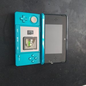 Nintendo 3DS With Games for Sale in Miami, FL