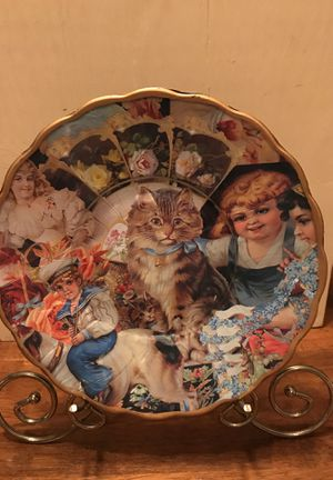 Beautiful Vintage Collage Display Plate for Sale in Gainesville, VA