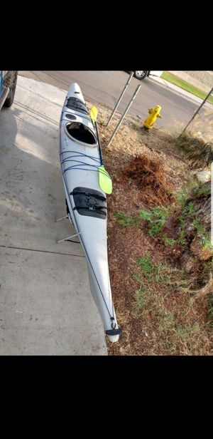 14ft kayak w paddle for Sale in Chula Vista, CA