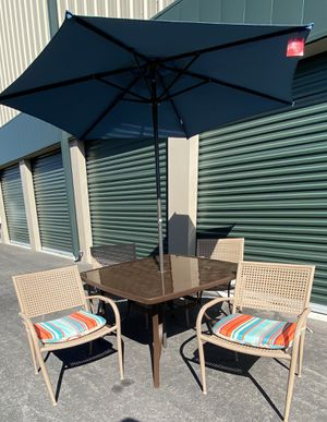 6 piece outdoor patio set furniture, brand new seat cushions & patio umbrella 🔥🔥🔥 FREE DELIVERY WITHIN 5 MILES 👍 for Sale in Las Vegas, NV