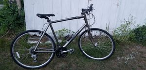 """Nice Cannondale """"L"""", in good condition with shimano group, bike is in good shape. for Sale in Dracut, MA"""