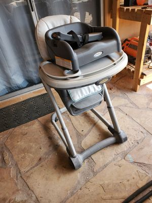 Graco Blossom 6 in 1 high chair and booster for Sale in Phoenix, AZ