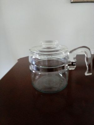 Vintage Pyrex glass tea or coffee pot 4-cup for Sale in Largo, FL
