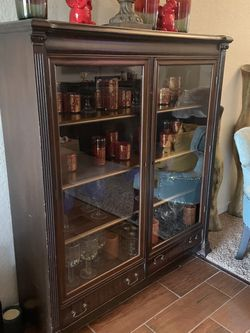 Vintage Cabinet 46 Wide 55 Long for Sale in Lakeland,  FL