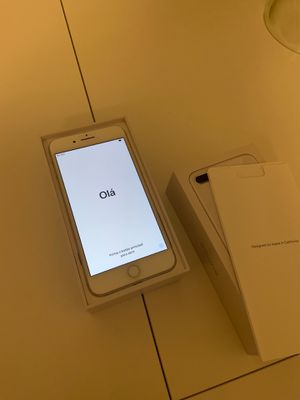 iPhone 8 Plus silver 256gb at&t for Sale in Bethesda, MD