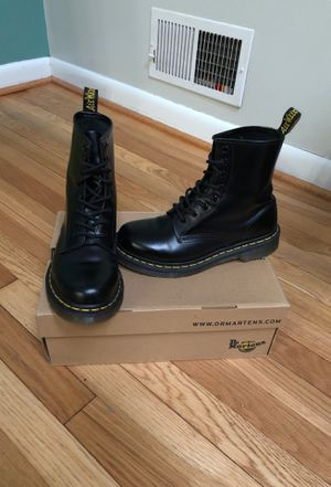 Dr. Marten boots, Like new. 7 in Women's for Sale in Wheaton, MD