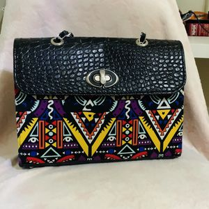 African Material Bag With Leather for Sale in Atlanta, GA